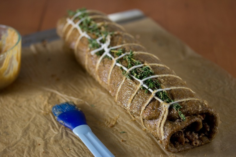 Coat the roulade with glaze